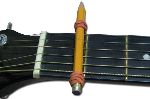 Menyetel Gitar