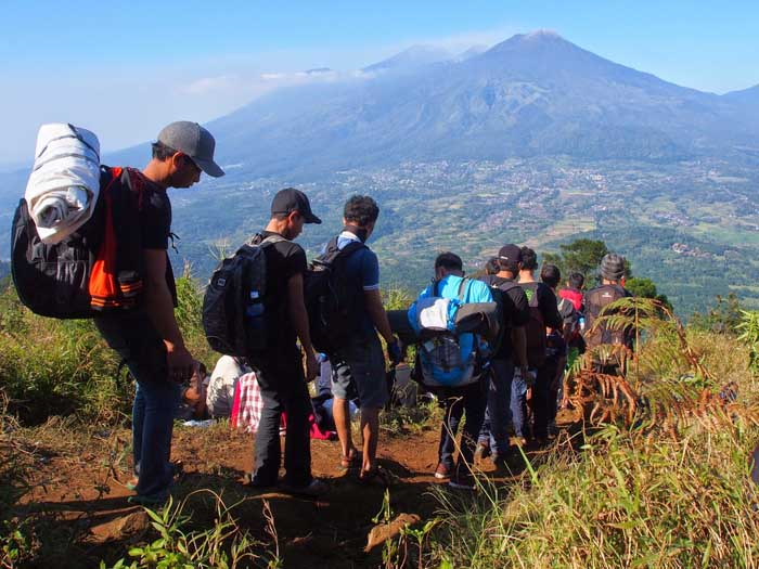 Mendaki Gunung Penanggungan