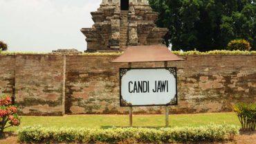 Berlibur di Candi Jawi
