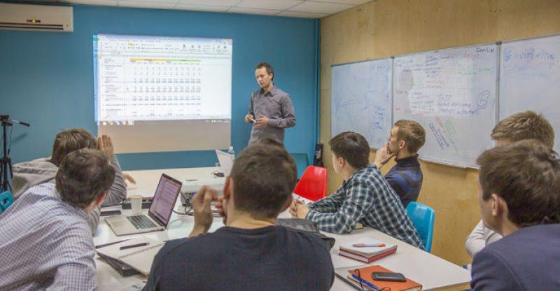 Belajar Bisnis Startup