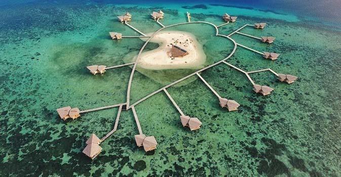 pulau romantis di indonesia