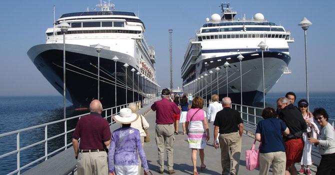 wisata kapal pesiar