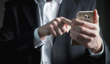 Pengaman Sensor Biometrik smartphone