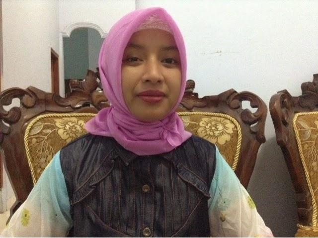 Blogger Inspiratif Indri Lidiawati