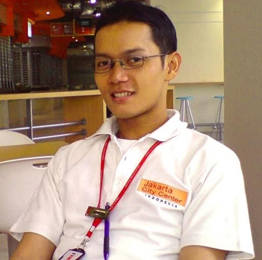 Blogger Inspiratif Marixon Manurung