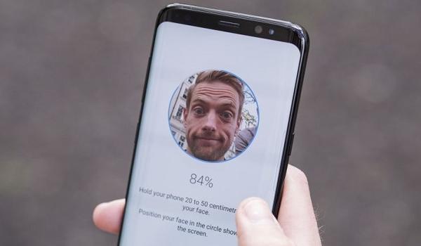Teknologi Smartphone yang Bakal Booming di Tahun 2018