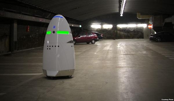 Robot Menggantikan Pekerjaan Manusia