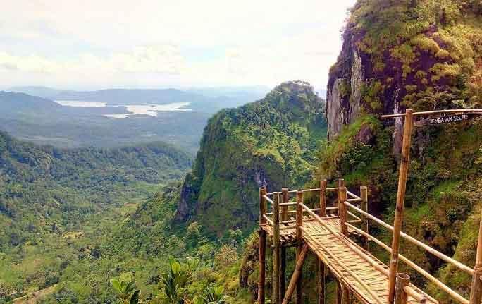 Tempat Wisata di Banjarnegara - Gunung Lanang