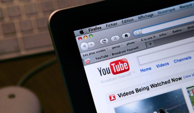 Cara Menonton YouTube Tanpa Gangguan
