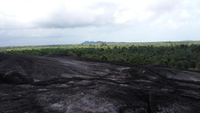 Gunung Batuan Legenda