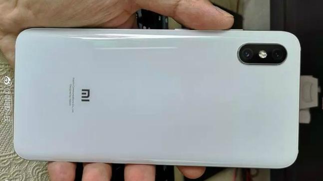Spesifikasi Xiaomi Mi 8X