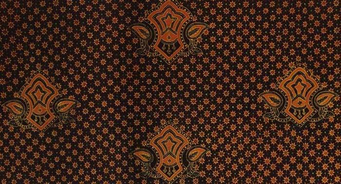 Motif batik truntum