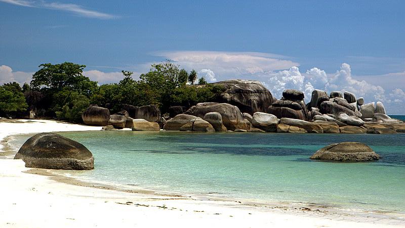 Pantai Tanjung Kelayang via jejakpiknik