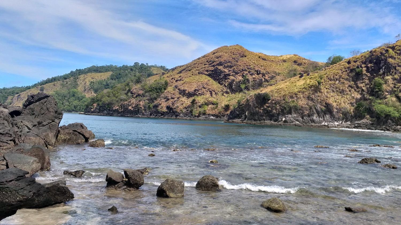 Pantai Pulisan via @hidayatagung_