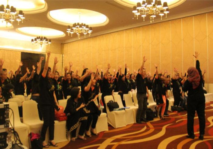 Training leadership Indonesia