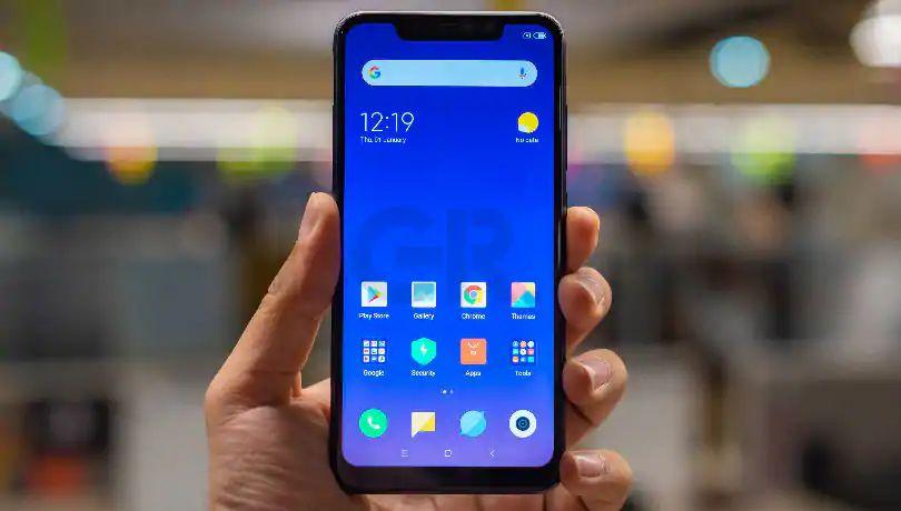 smartphone dengan dual kamera depan