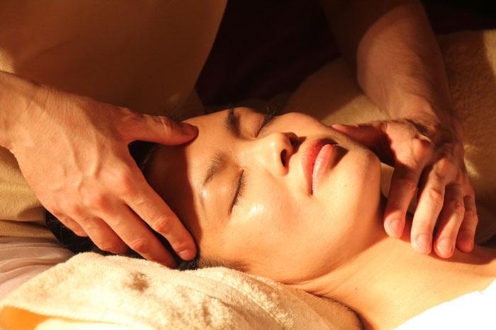 Massage panggilan makassar