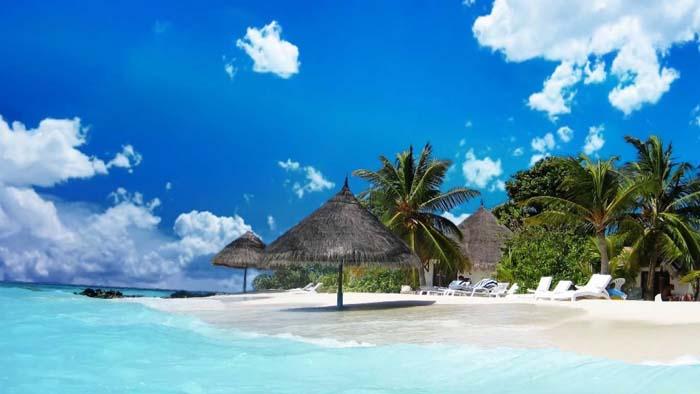 Pulau Menjangan Besar dan Menjangan Kecil