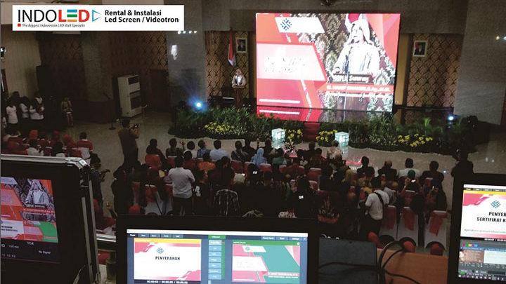 Sewa videotron Semarang murah