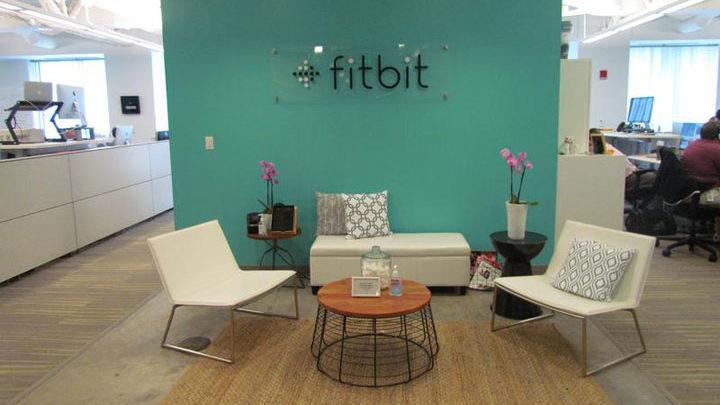 Google Resmi Mengakuisisi Fitbit