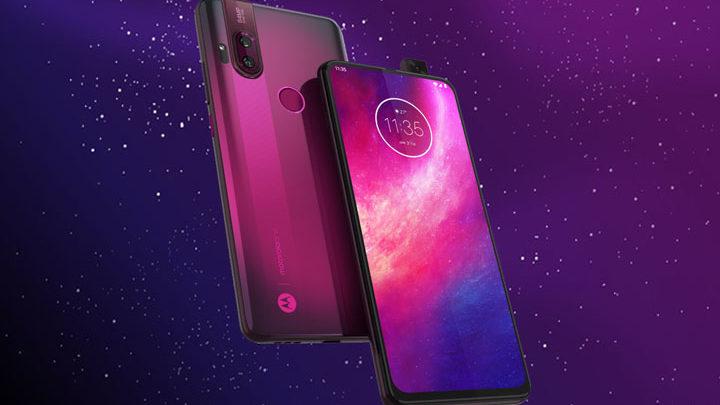 Harga dan Spesifikasi Motorola One Hyper