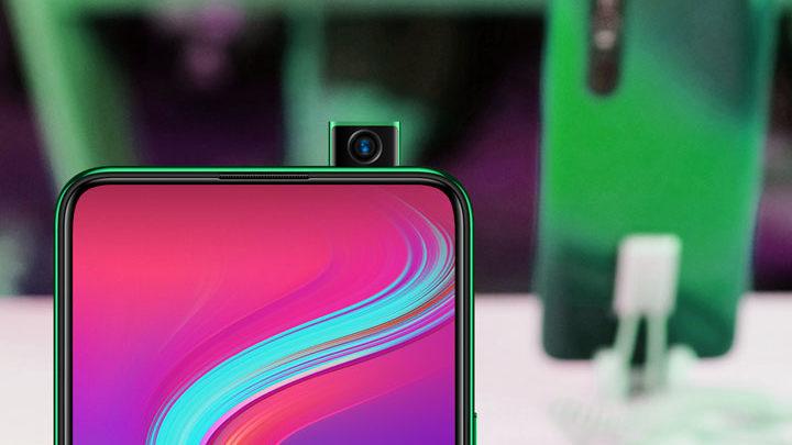 ponsel kamera pop up terbaru