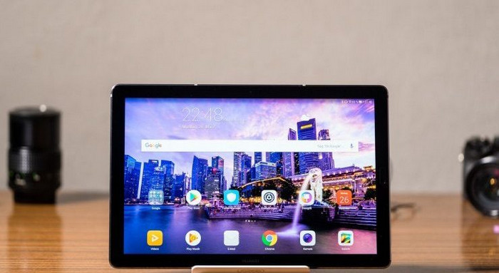 Tablet Android Terbaik Huawei MediaPad M6 Turbo